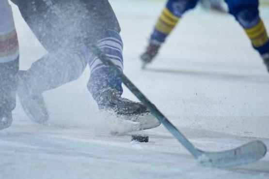 Crece la práctica del Hockey sobre hielo en Ushuaia