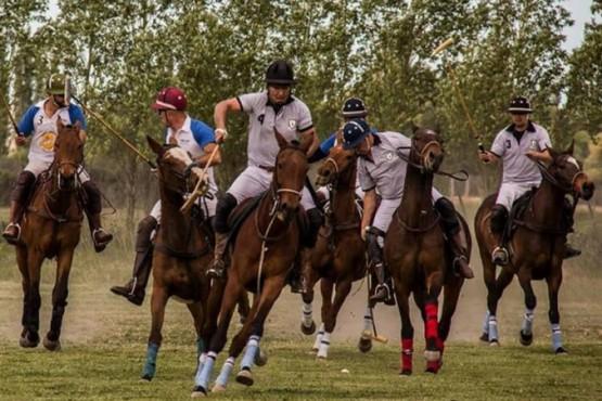 """Torneo de polo """"Centenario de Dolavon"""""""