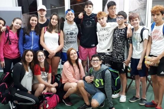 Destacada actuación de nadadores de Hispano en Santiago del Estero
