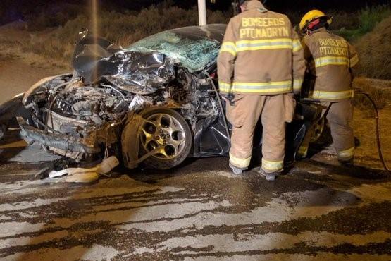 Un muerto tras chocar un auto y un camión en Madryn