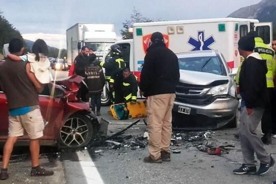 Heridos por fuerte choque frontal en la Ruta 3