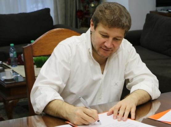Gustavo Melella formalizó el llamado a elecciones en Río Grande