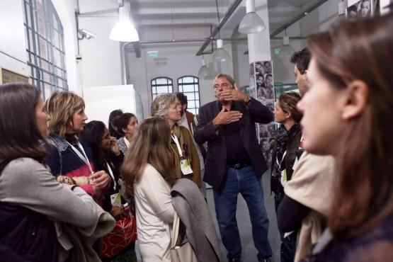 Profesionales de museos y agentes comunitarios de Santa Cruz