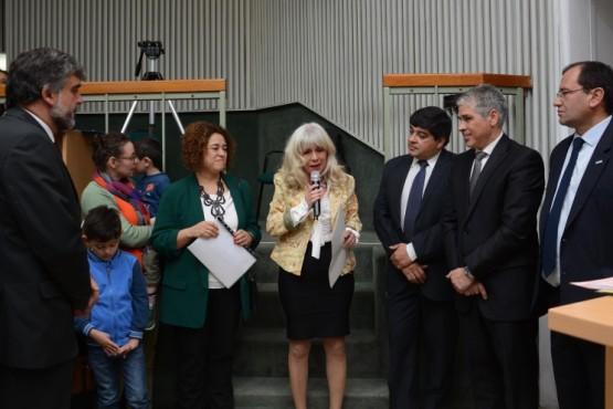 Declaran de Interés Provincial el hermanamiento entre Santa Cruz y Francia