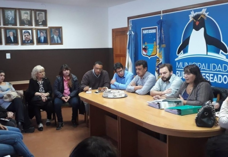 Se reunieron con el intendente González.