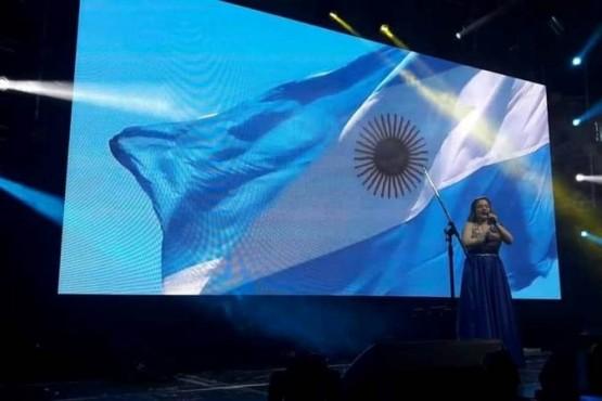 Dayana Díaz continúa con la difusión de su nuevo y primer material discográfico
