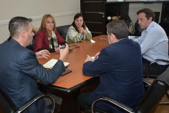 El CPE convocó a los docentes a una nueva mesa paritaria y evalúa alternativas para llevar