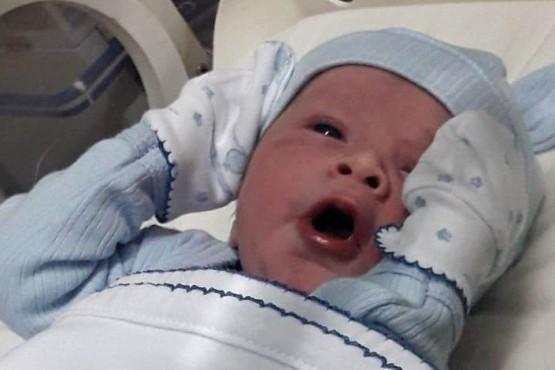 Nació un bebé en pleno temporal