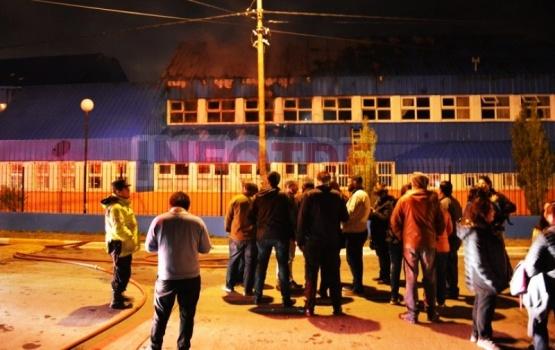 Incendio intencional en la Escuela 20 de Río Grande
