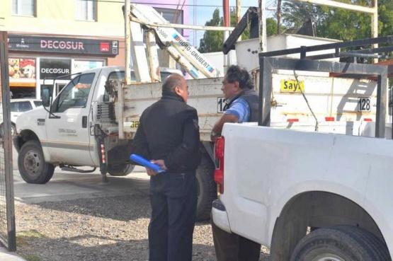 Secuestran móviles al Municipio por deuda millonaria con el SOEMCO