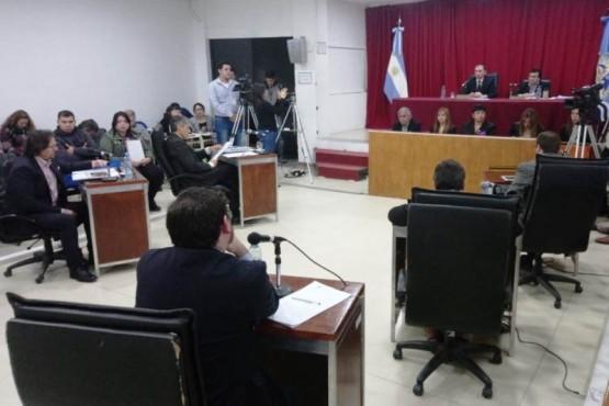 Los concejales ya tratan el contrato con Maxia SRL