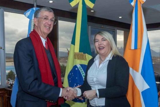 Bertone recibió al embajador de Brasil en la Argentina