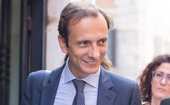 Hospitalizan por varicela a un dirigente político italiano antivacunas