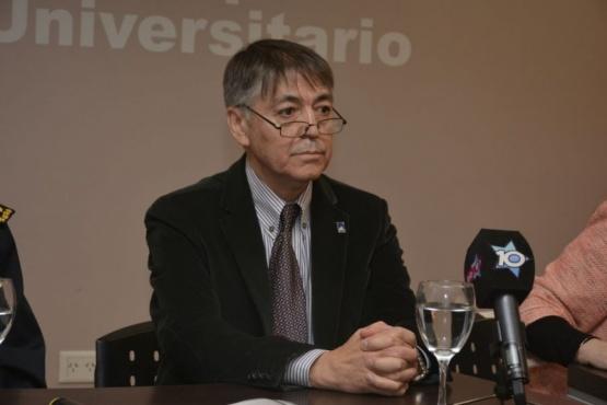 Hugo Rojas, rector de la UNPA.