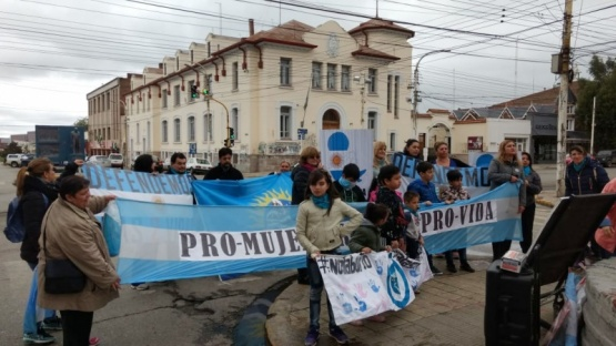 Se concentraron en Kirchner y San Martín. (C.G)