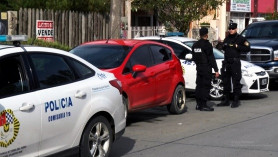 Allanamiento por robos en locales de telefonía