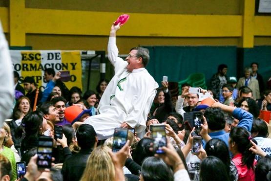 """""""Que como dicen los jóvenes, seamos una diócesis ATR (A Todo Ritmo)"""""""