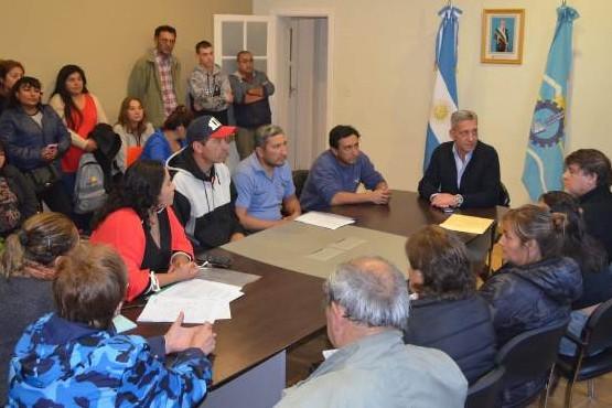"""Arcioni: """"Trabajaremos para resolver el problema de servicios y seguridad de los productores de la zona"""""""