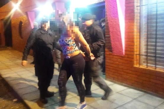 Aprehensión por abuso y fugitiva capturada en la Fiesta de la Vendimia