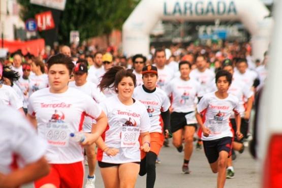 Atletas locales y regionales se suman a la corrida de TiempoSur