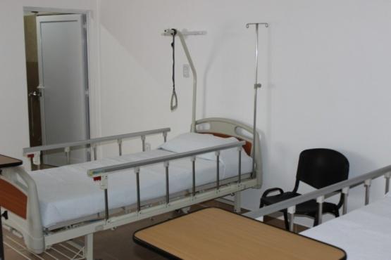 Equipamiento de salud para el Hospital