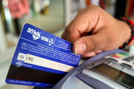 Repudio ante la nueva retención de ingresos brutos en tarjetas