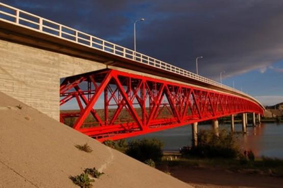El viernes cortarán el tránsito del puente de Piedra Buena