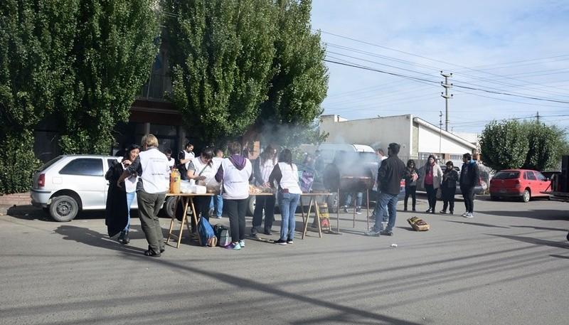 Durante la jornada de protesta también se movilizó contra la persecución y autoritarismo del CPE hacia el sector docente. (C. Robledo)