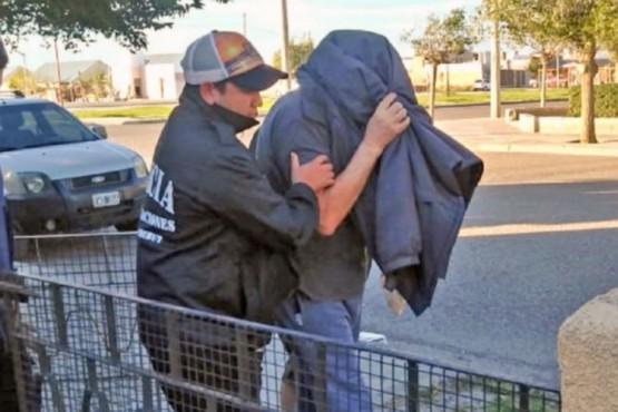 Detuvieron a un hombre acusado de abusar de sus tres nietas