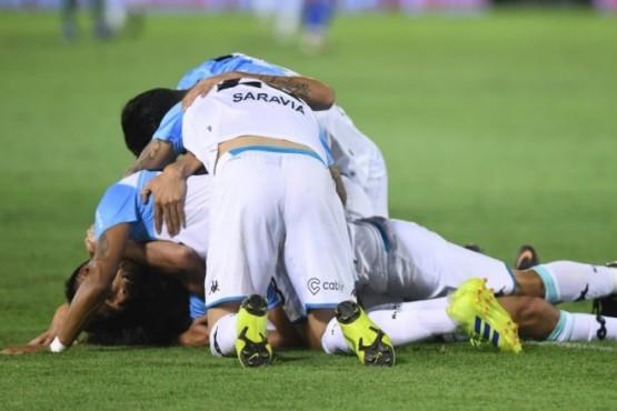 Racing sufrió hasta el final con Tigre y es el nuevo campeón de la Superliga