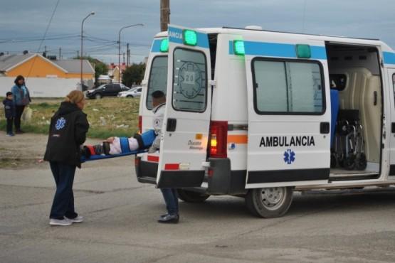 Niña lesionada en choque de camioneta y auto