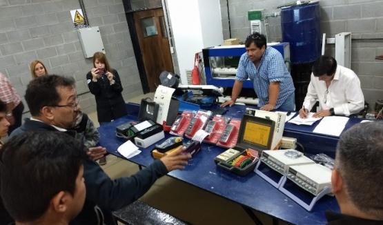 Entrega de instrumentos de mediciones para el CEFyAP N°4 y EICO N°10