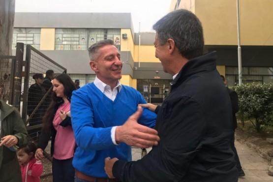 Un cordial encuentro en la jornada electoral