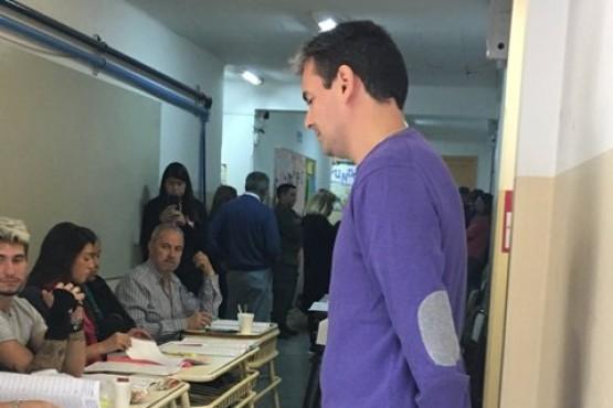 Un voto menos: el precandidato a intendente que no pudo votar