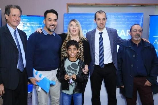 Bertone encabezó la entrega de 17 viviendas para profesionales de la salud de Río Grande