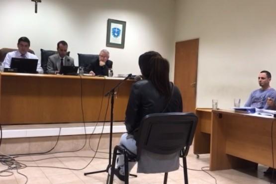 Se desarrolla el juicio por el homicidio de Valeria Vivar