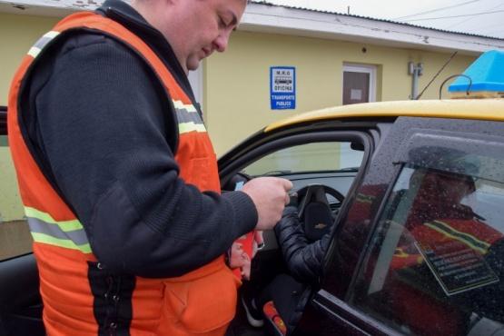 280 taxis deberán hacer la revisión técnica