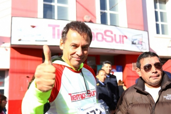 Costa se animó a los 5 kilómetros en la Corrida de TiempoSur