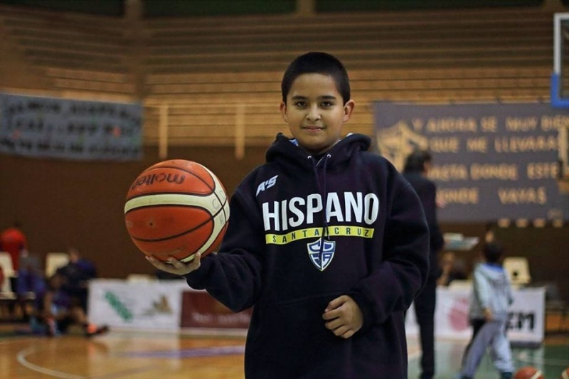 El pequeño hincha de Hispano. (Prensa Hispano)