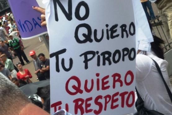 El 2 de octubre se instauró como el Día Nacional Contra el acoso callejero.