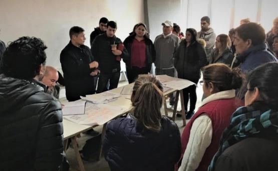 Extienden la red de gas para más de 50 familias en barrio Santa Cruz