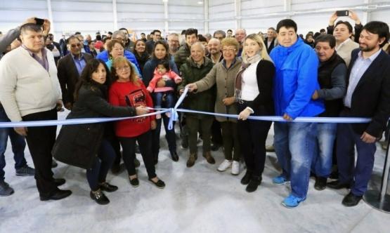 Inauguran Salón de Usos Múltiples para taxistas