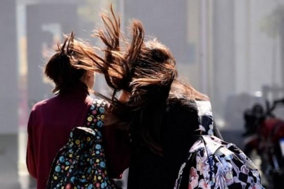 Rige alerta por vientos intensos en Santa Cruz