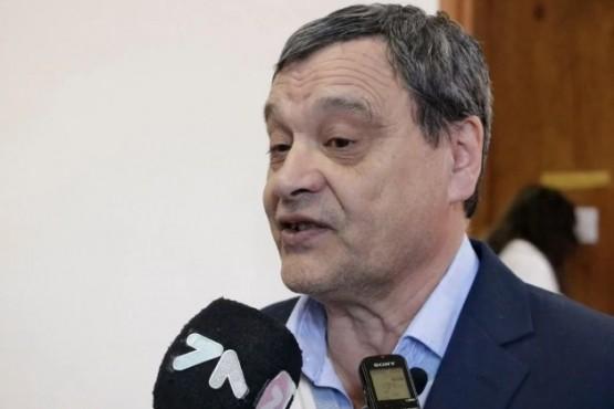 Un intendente podría dejar el cargo por ser funcionario durante la última dictadura