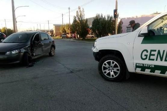 Móvil de Gendarmería protagonizó fuerte colisión