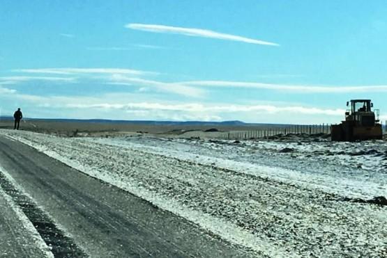 Nieve, hielo y guanacos en la zona de la Cuesta de Miguez