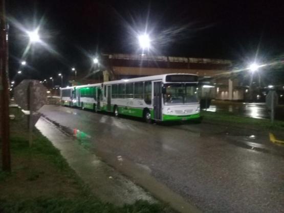Comenzaron a llegar los colectivos de Maxia a Río Gallegos
