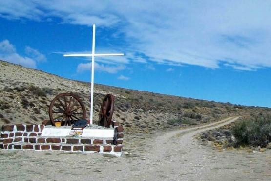 Empresa española comenzó búsqueda de tumbas masivas que dejó la huelga