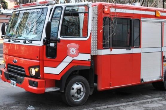 Incendio intencional en auto del padre del sargento acusado de abuso