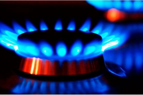 La gobernadora Bertone anunció una carga extraordinaria de gas subsidiado para 7.800 familias